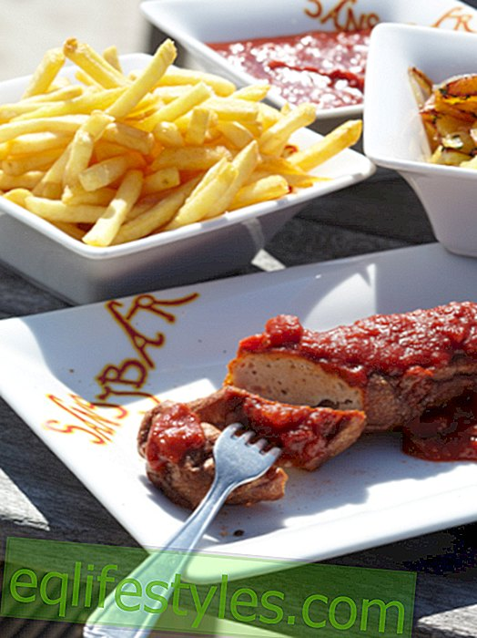 Like out of the stall, only better: currywurst sauce