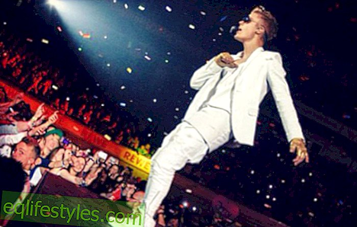 Justin Bieber pretends to fall in love with Fan
