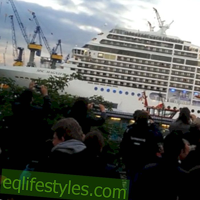 """MSC Magnifica: Ship Horn is playing """"Seven Nation Army"""