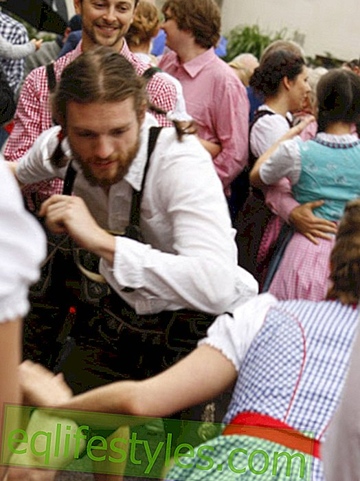 Trachten-Flashmob: All the polka dance