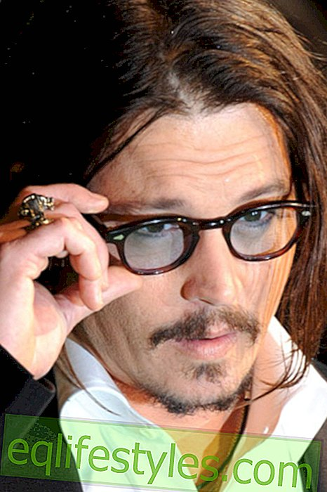 Johnny Depp - in love with K  pt'n Jack