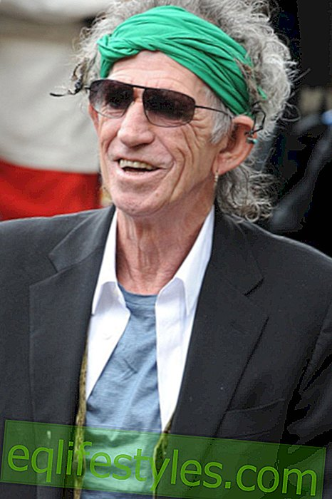 Keith Richards enjoys his cigarettes