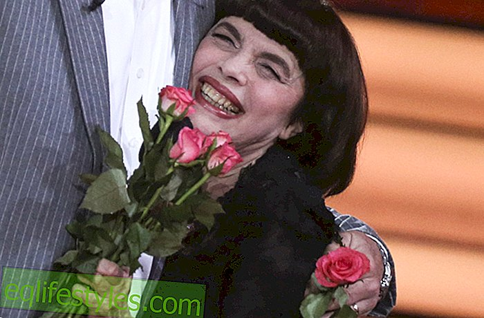 Enchanting! Mireille Mathieu: With 72 years she lets the bomb burst!