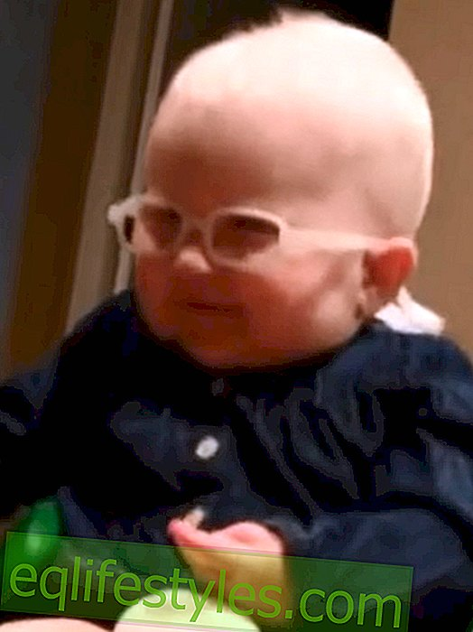 Albinism: Baby sees mother for the first time clear