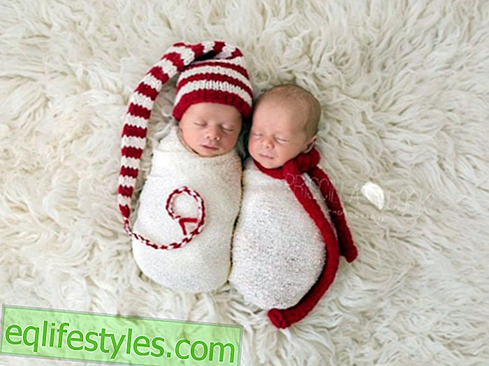 Christmas BabiesThese babies in Christmas outfits are already soooo in the mood for the party!