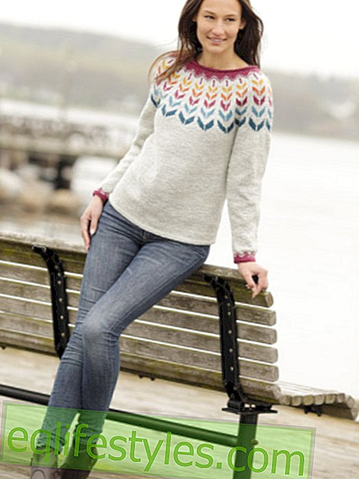 Knitting pattern for sweaters with colorful inlays