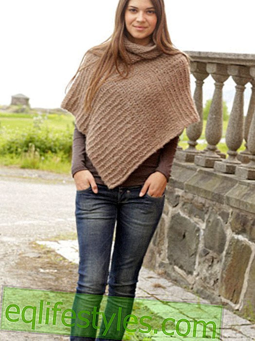 It's so easy to knit this poncho