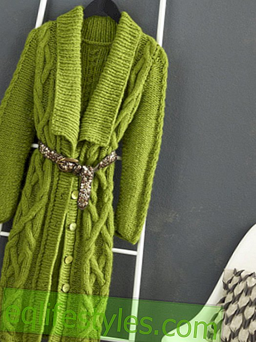 Instructions for a green knitted coat