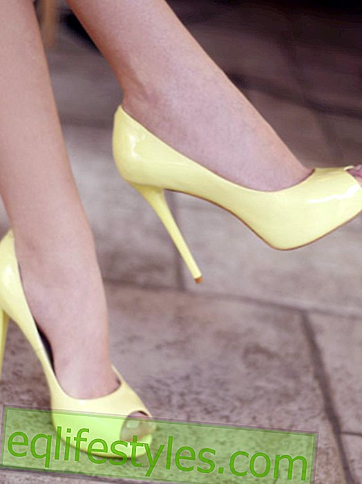 6 things that only women with big feet understand.  Plus: shopping tips