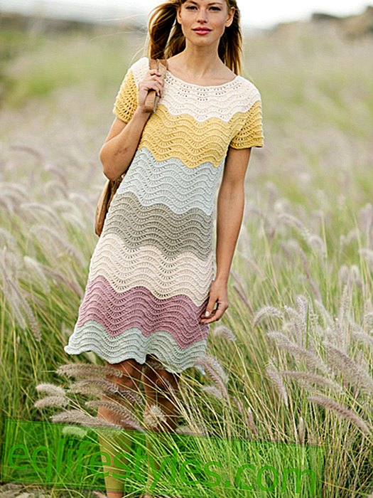 Free pattern for knit dress with wave pattern