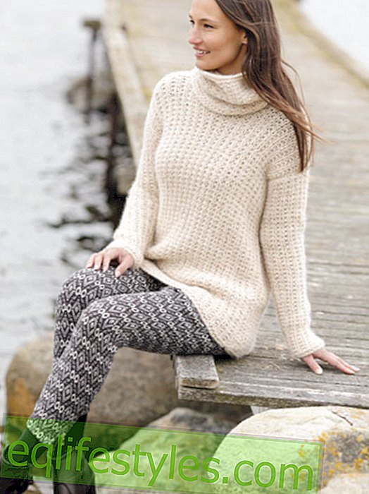 Knit sweater with collar scarf yourself