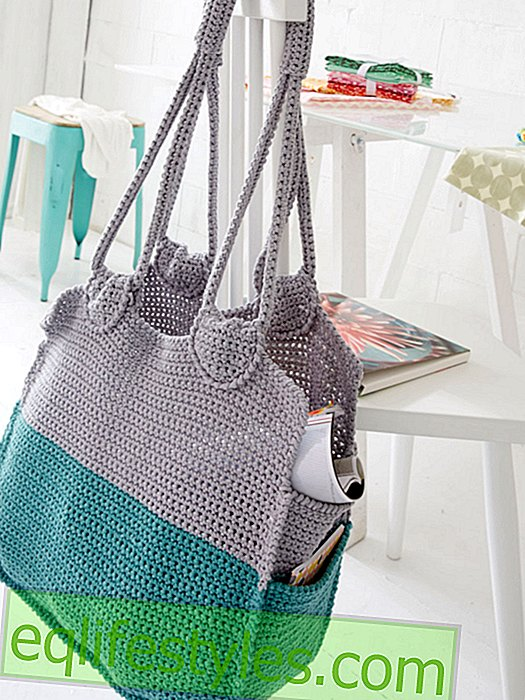 Simple knitting instructions for a bag