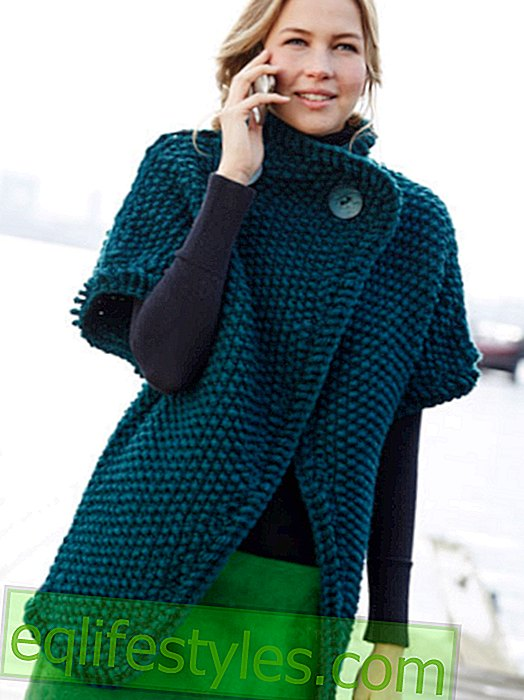 Green knitted vest in pear pattern