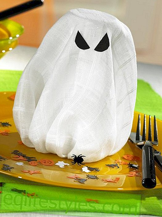Napkin Ghost for Halloween party