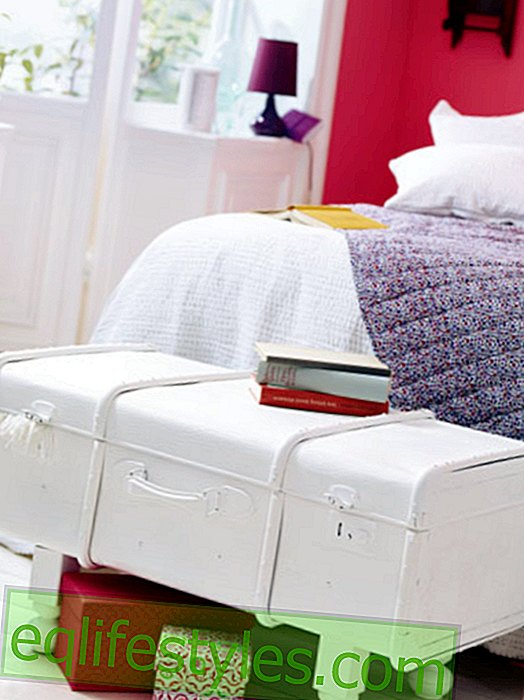 Build your own furniture - Styling for old suitcases