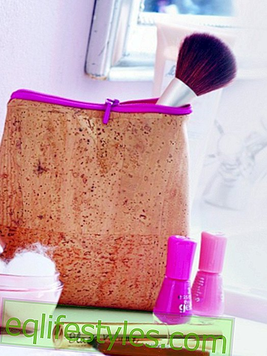 live: Everything in one placeBeauty Assistant: Chic make-up pouch made of cork