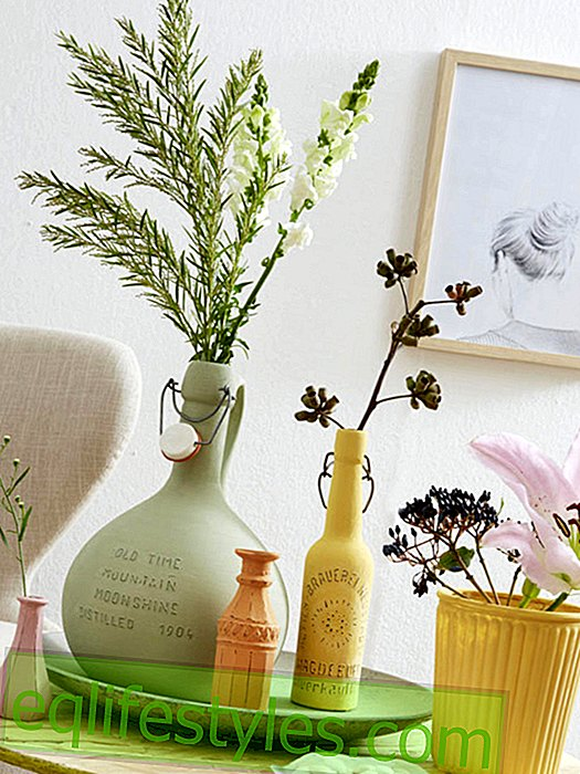 This is how it works: beautify old glass vases with chalk paint