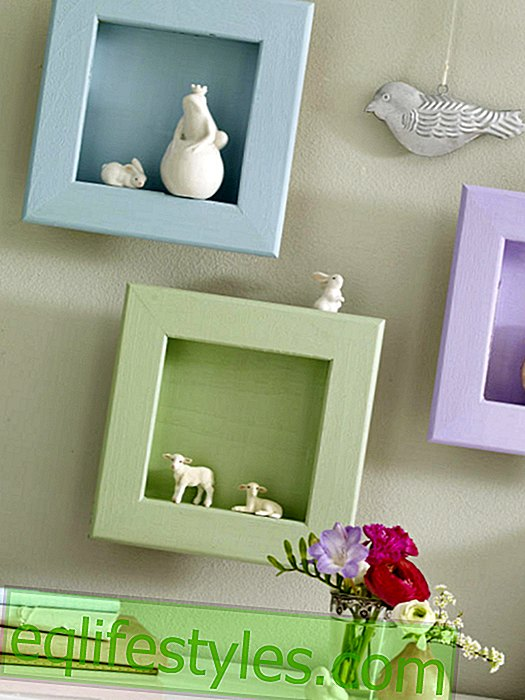 Picture frame with porcelain animals