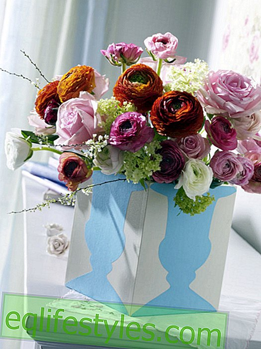 live: Wooden box for flowers with vase motif made of paper