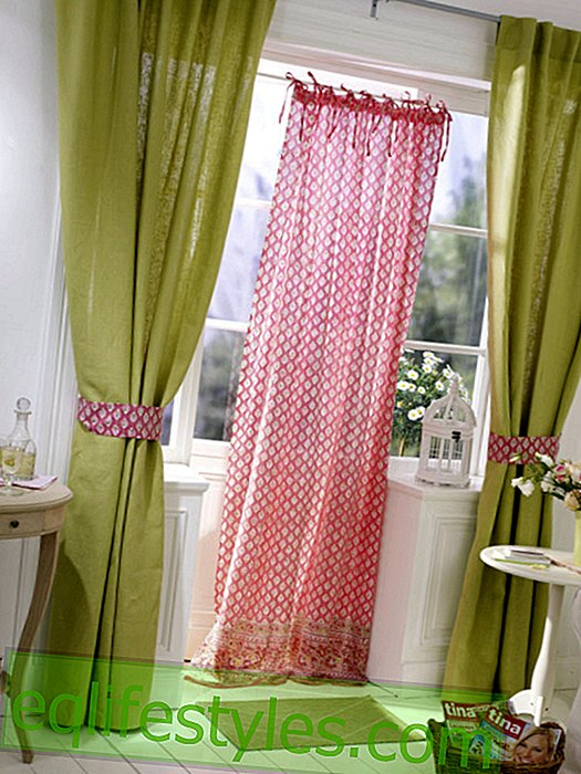 Pink bend curtain