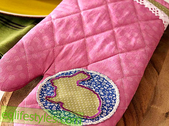 Chic kitchen helper sewing instructions for a oven mitt