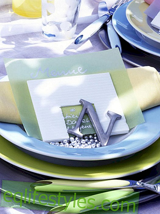 Napkins with menu sequence