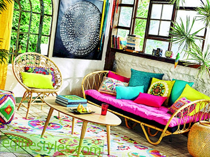 Colorful living diversity Colorful and cheerful: set up as in Indonesia