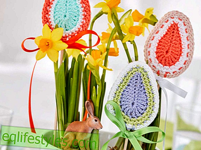 Crochet Easter crochet pattern for Easter earrings in egg shape