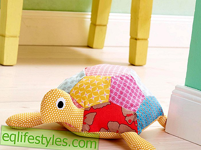 For big and small sewing instructions for a turtle