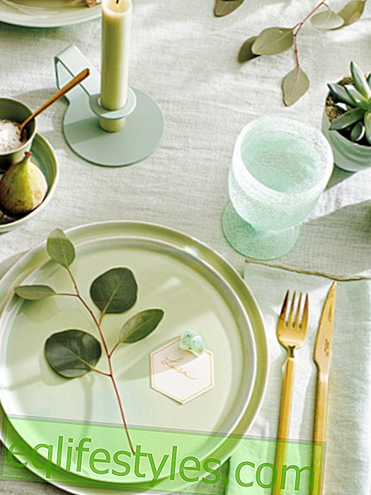 Summery fresh: table decoration in cool mints