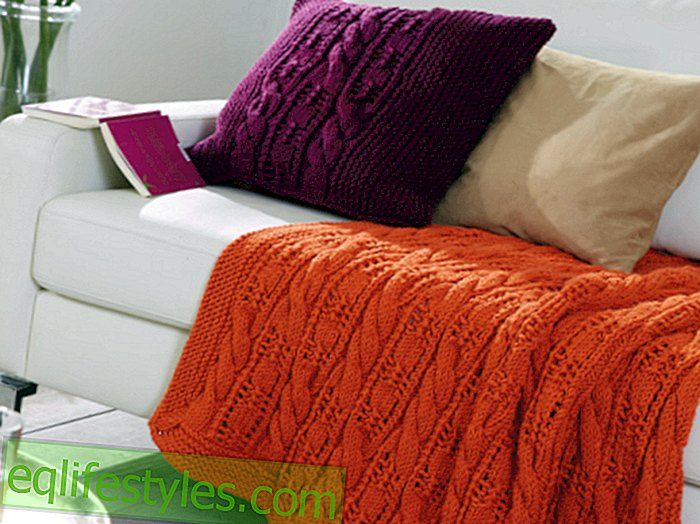 Knitting Instructions: Knit plaid and cushions for the sofa