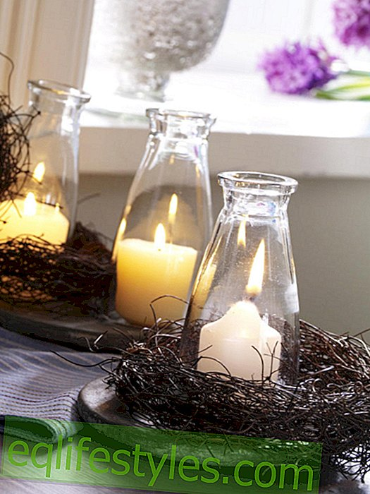 Candle decoration with a wreath