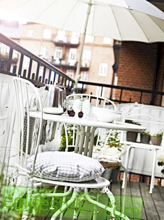 These balcony furniture ring in the outdoor season!