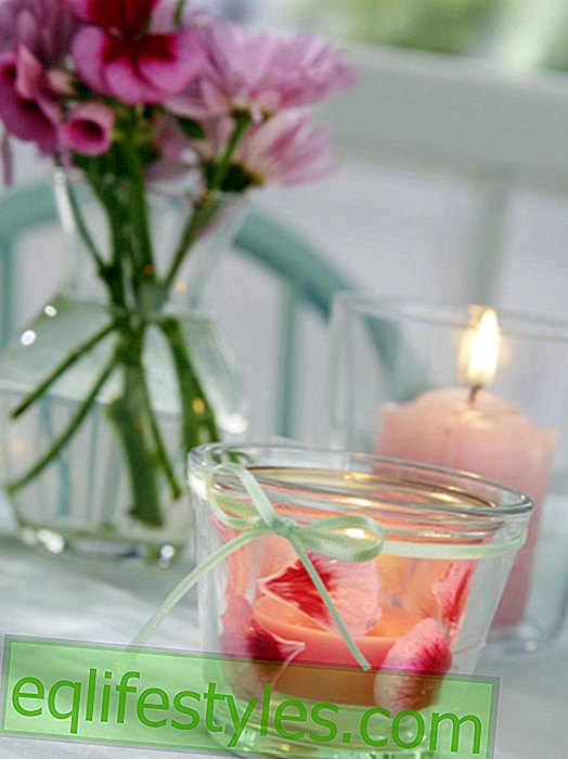 Summery DIY idea: windlight with flowers